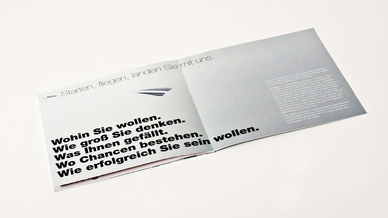 Konzept Papierflieger